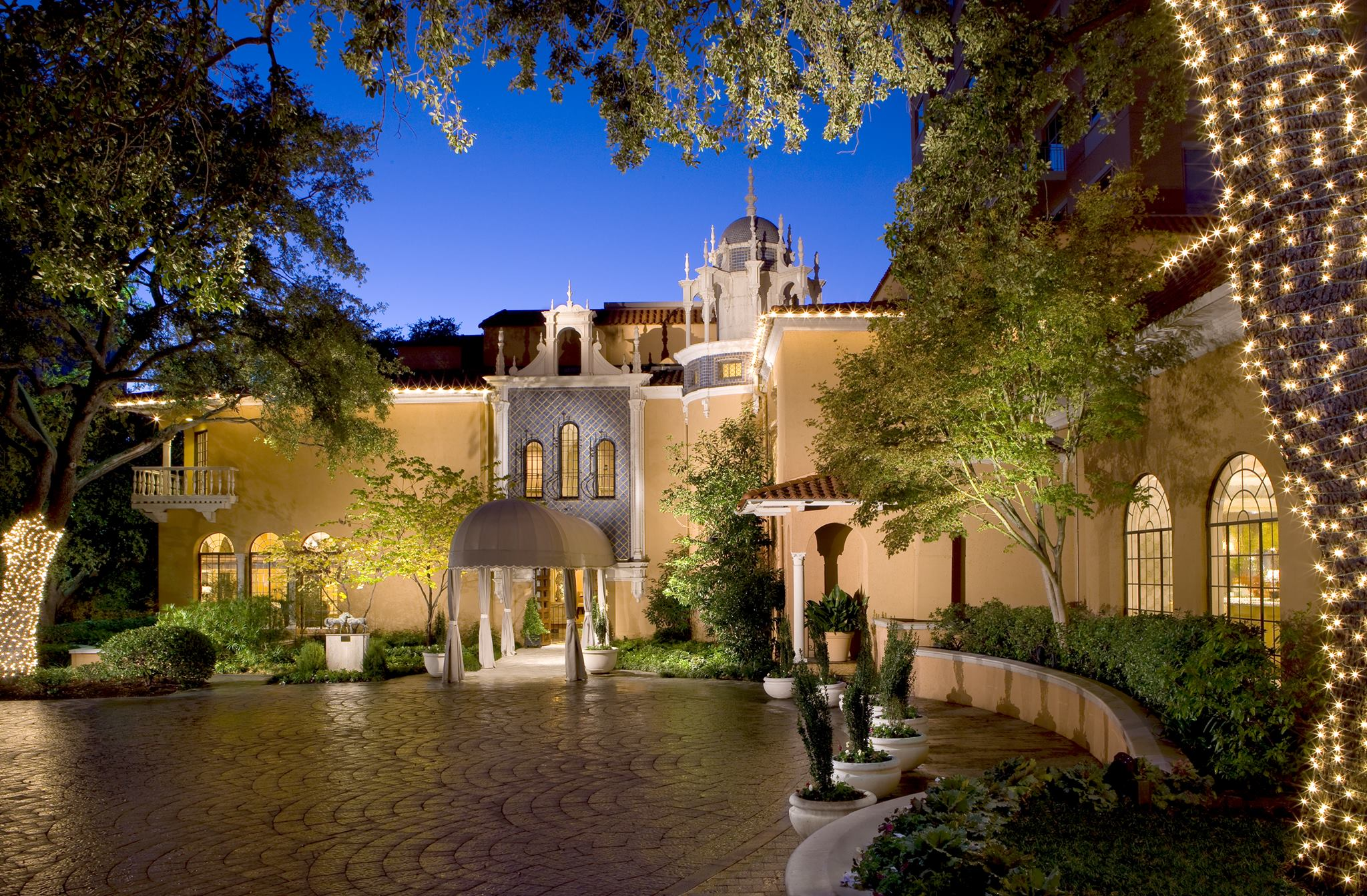 Entrance to Rosewood Mansion
